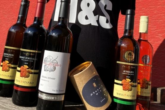 Zamilujte sa do vín MRVA & STANKO s Valentínskymi vínami a čokoládou LYRA